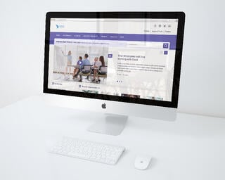 intranet-design-white-desk.jpg